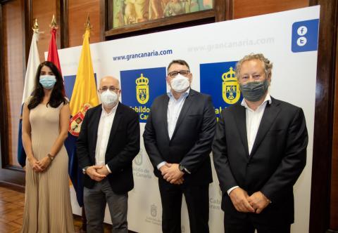 Cabildo de Gran Canaria y ACONAUTO/CanariasNoticias.es