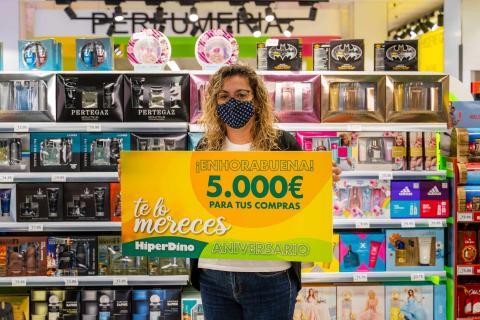 Ganadora del Sorteo Aniversario HiperDino / CanariasNoticias.es