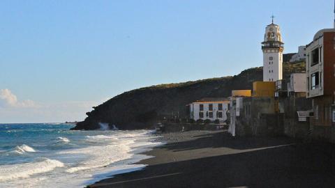 Playa de los Guanches en Candelaria. Tenerife / CanariasNoticias.es