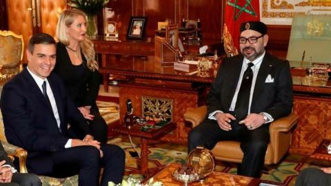 Sánchez con el Rey Mohamed VI de Marruecos en Rabat el 19 de noviembre de 2018
