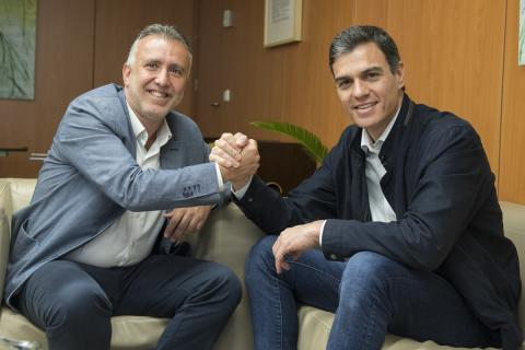 Ángel Víctor Torres y Pedro Sánchez/ CanariasNoticias.es