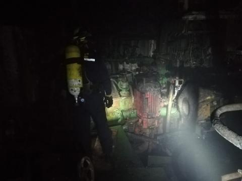 Interior pesquero ruso incendiado/ canariasnoticias.es