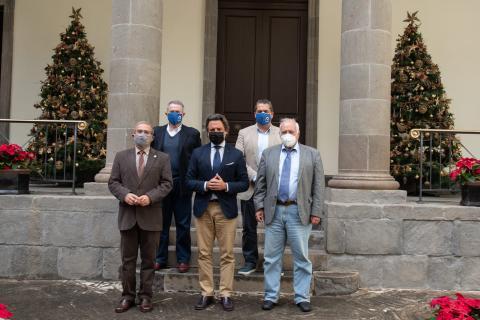 """El Consejo Social de la ULPGC presenta iniciativa """"Canarias Importa"""" al Parlamento de Canarias / CanariasNoticias.es"""