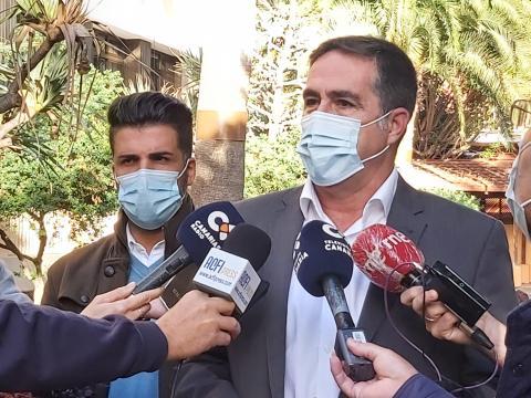 Francis Candil y David Suárez de CC-UxGC / CanariasNoticias.es