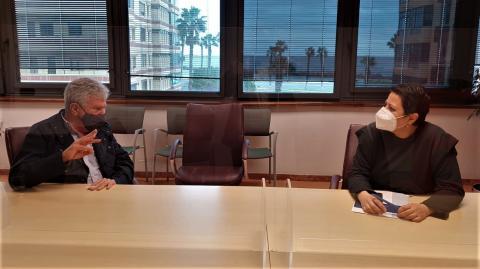 Reunión de Minerva Alonso y Pedro Quevedo / CanariasNoticias.es