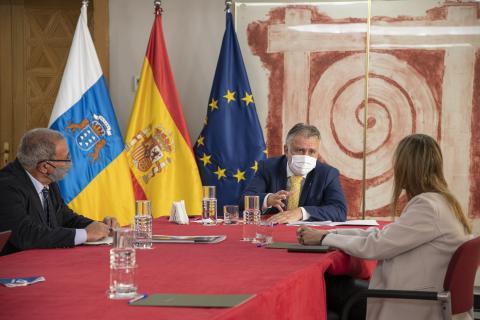 """El Consejo Social de la ULPGC presenta iniciativa """"Canarias Importa"""" al Presidente del Gobierno de Canarias / CanariasNoticias.es"""