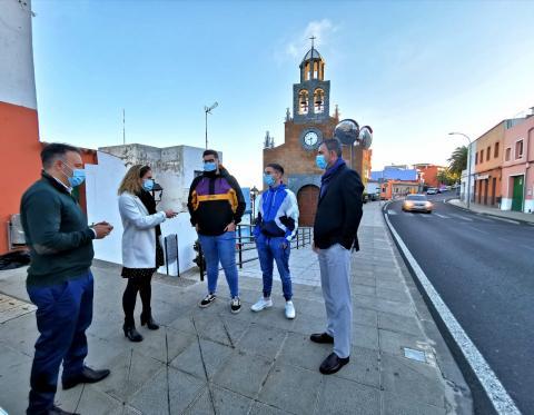 Recogida de firmas en Icod el Alto en Los Realejos (Tenerife) / CanariasNoticias.es