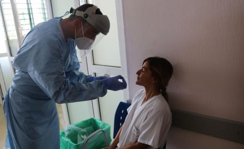 Cribado de Covid-19 al personal sanitario / CanariasNoticias.es