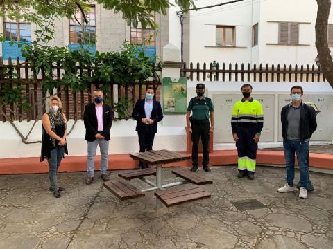 Telde recuerda a la mona Lulú con una placa en el parque Santa Rosalía / CanariasNoticias.es
