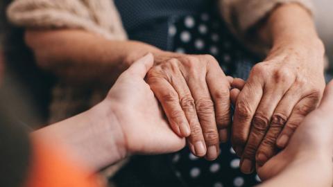 Ancianos enfermos/ canariasnoticias