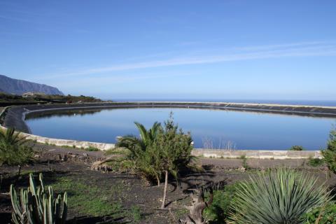Balsa de El Golfo en La Frontera (El Hierro) / CanariasNoticias.es