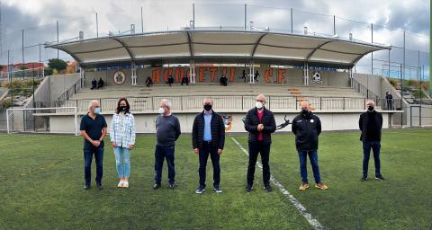 Inauguración de la nueva cubierta en su campo de fútbol de La Mayordomía / CanariasNoticias.es
