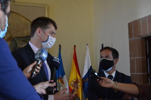 Mariano Zapata recibe al embajador de Reino Unido en España / CanariasNoticias.es