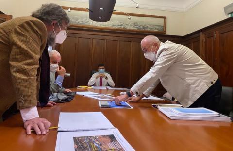 Reunión de Miguel ángel Pérez con la Plataforma Agaete Dividido No / CanariasNoticias.es