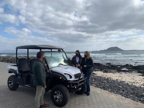 Vehículo eléctrico 4X4 para la vigilancia del Islote de Lobos / CanariasNoticias.es