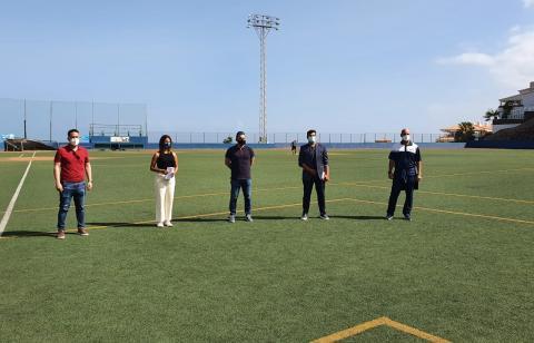 Visita al campo de béisbol Néstor Pérez de Puerto de la Cruz (Tenerife) / CanariasNoticias.es