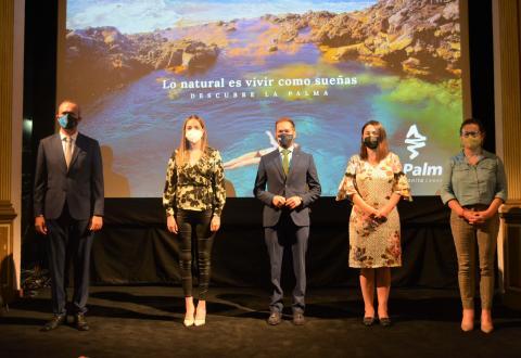 """Campaña de turismo de La Palma """"Lo natural es vivir como sueñas"""" / CanariasNoticias.es"""