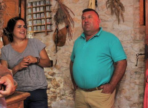 El alcalde de Antigua, Matías Peña y Malole Rodríguez en el Hotel Rural Era de La Corte / CanariasNoticias.es