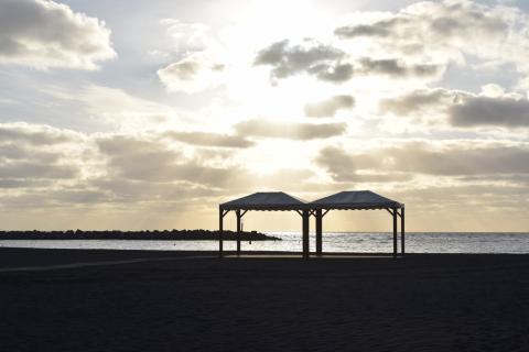 Zonas de sombra de la playa de Santa Cruz de La Palma / CanariasNoticias.es