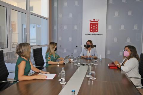 El Cabildo de Lanzarote se suscribirá a la Red Canaria de Gobierno Abierto / CanariasNoticias.es