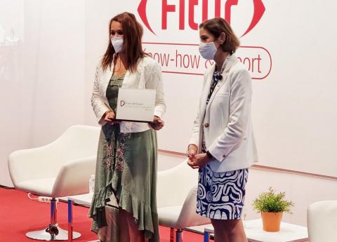 Sonia Álamo y Reyes Maroto. FITUR 2021/ canariasnoticias