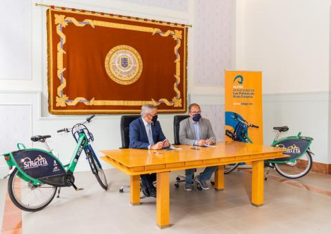 Firma del convenio entre Sagulpa y la ULPGC / CanariasNoticias.es