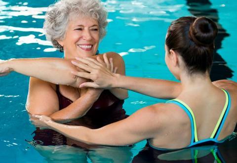 Las necesidades de las personas mayores en verano