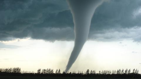 Tornado en las ciudades de Minco y Tuttle, en el estado de Oklahoma/ canariasnoticias