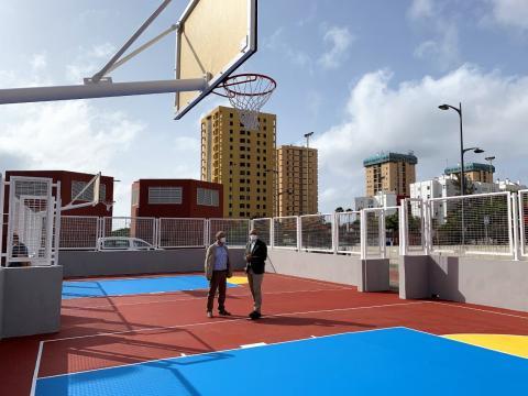 IMD. Pistas de baloncesto. Vega de San José/ canariasnoticias