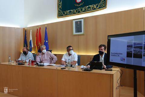 Presentación del Plan de Movilidad Urbana Sostenible de Tías (Lanzarote) / CanariasNoticias.es