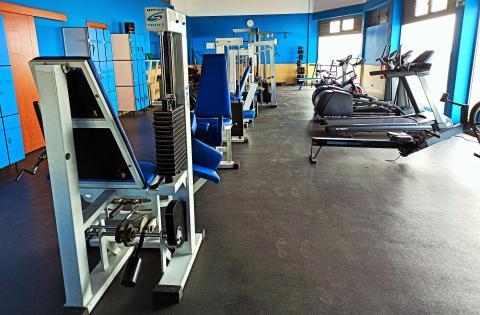 El Gimnasio Municipal de Antigua renueva aparatos de entrenamiento / CanariasNoticias.es