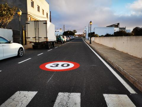 Antigua señaliza todas vías urbanas y reduce la velocidad / CanariasNoticias.es