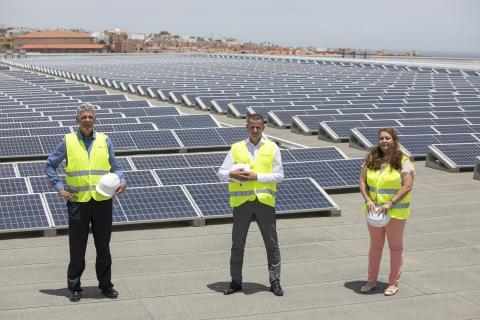 HiperDino y Endesa X inauguran una de las mayores instalaciones de autoconsumo fotovoltaico de Canarias