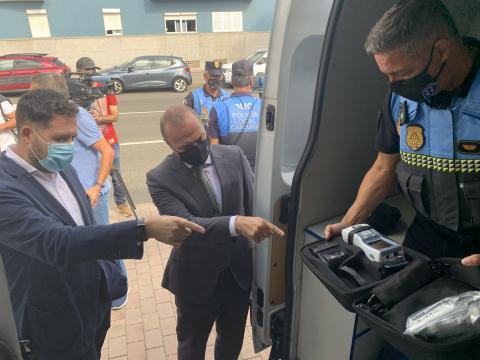 Nuevo drogotest y radar de última generación para la Policía Local de Las Palmas de Gran Canaria / CanariasNoticias.es