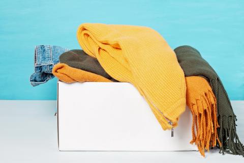 ¿Dónde donar ropa usada en Canarias?