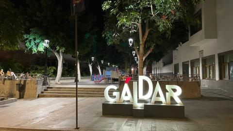 Iluminación led en la Plaza de los Faycanes de Gáldar / CanariasNoticias.es