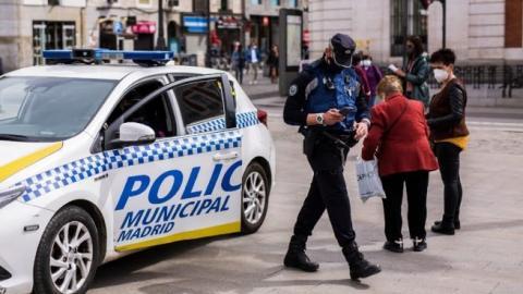 Policía en la Puerta del Sol