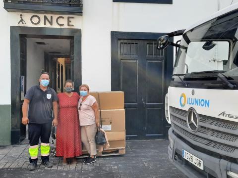 ONCE entrega otras 11.000 gafas de protección para La Palma / CanariasNoticias.es